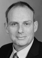 Dr. Ulrich Egger